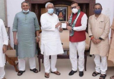 बिहार के पूर्व डीजीपी जदयू में शामिल